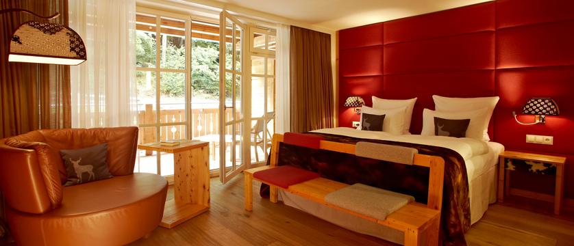 superior-room-hotel-grand-tirolia-kitzbuhel-austria.jpg